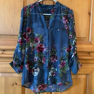 Kut from the Kloth blouse gorgeous floral